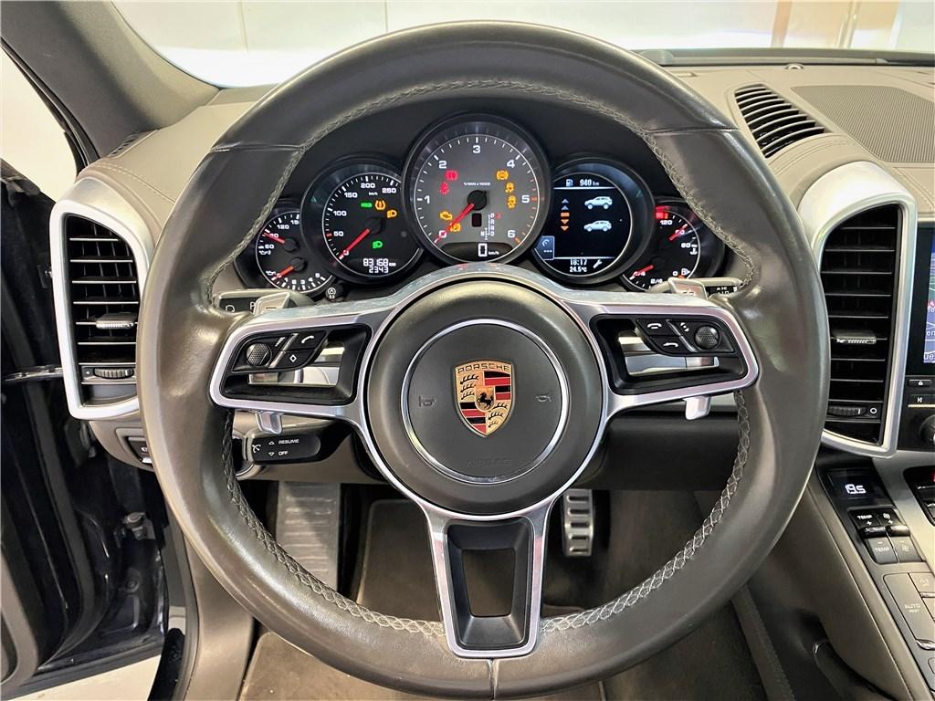 Porsche Cayenne II 4.2D V8 385 CH S Platinium EditionTiptronic A