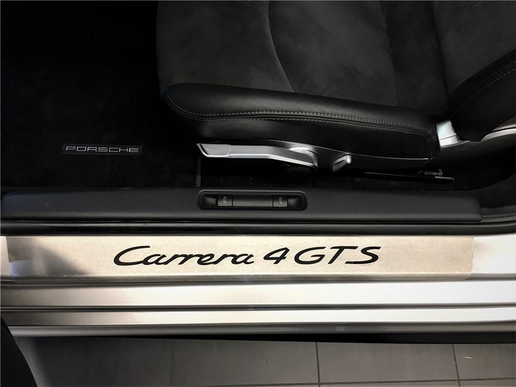 Porsche Carrera 911 GTS 4 3.8i Coupé PDK A
