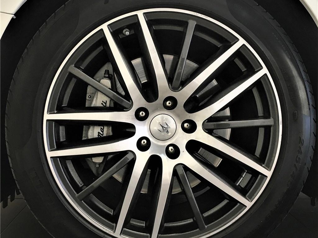 Maserati Ghibli III 3.0 V6 330